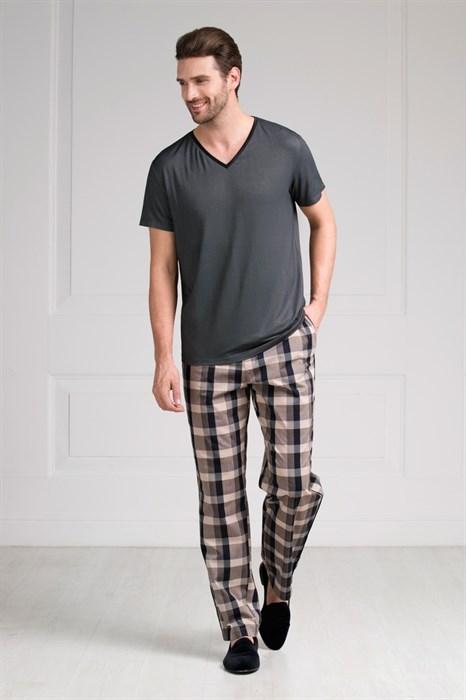 Пижама мужская с брюками в клетку - фото 5285