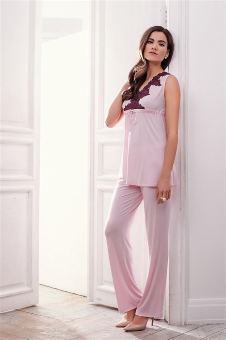 Красивая пижама с кружевами больших размеров - фото 5904