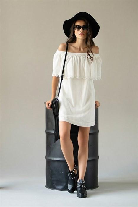 Белое летнее платье с кружевом - фото 7500