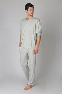 Мужская пижама на пуговицах