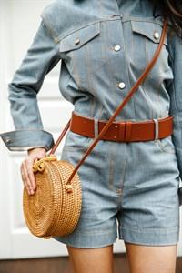 Круглая плетеная сумочка